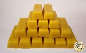 454g (1lb) Beeswax in Blocks
